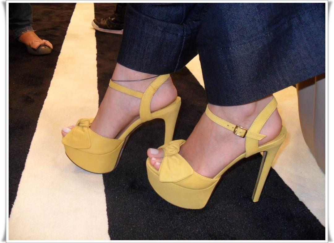 13e9d02af8 sapatos arezzo