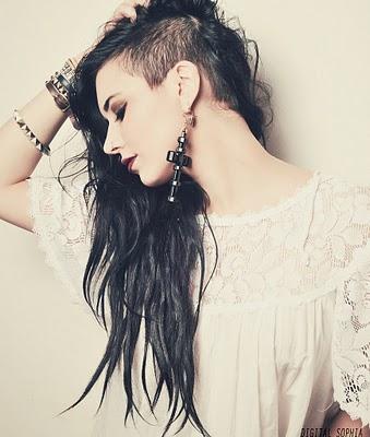 mulheres_cabelo_raspado_de_lado